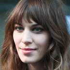 Alexa Chung does AW12's bare beauty trend at London Fashion Week