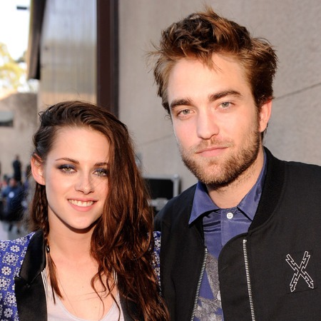 Kristen Stewart and Robert Pattinson at the Kids Choice Awards
