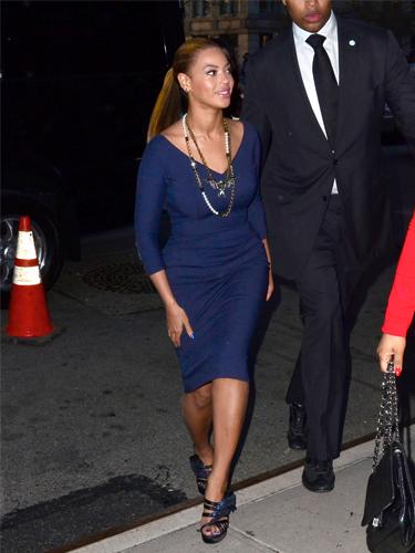 Beyonce wearing Victoria Beckham