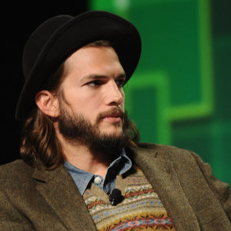 Ashton Kutcher long hair - men with long hair - celebrity hairstyles - hot celebrity men - celebrity hair and beauty - handbag.com