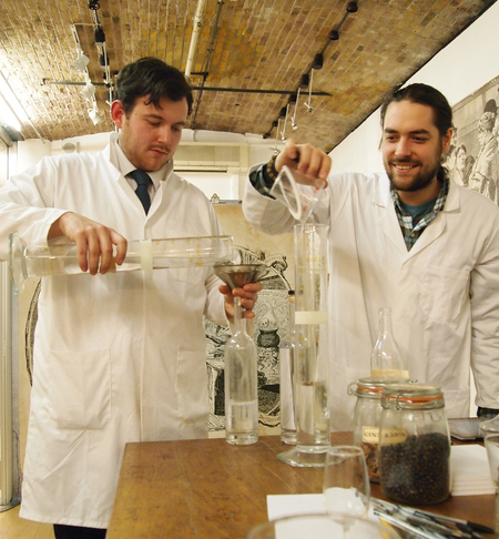 Gin makers at the ginstitute