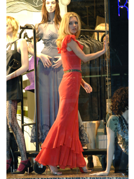 BEST KATE MOSS MOMENTS: Red dress for Topshop