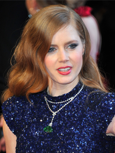 Amy Adams's sleek red waves