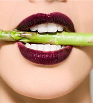 Beauty advice on teeth whitening