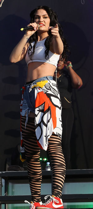 Jessie J amazing abs Wireless