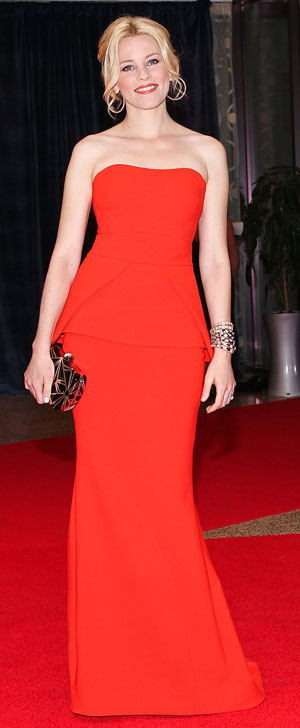 Elizabeth Banks in a red carpet gown