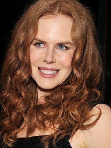 Nicole Kidman's rouge curls