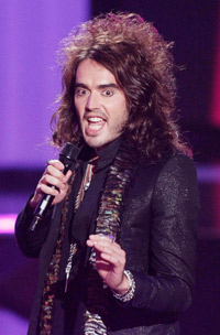 Russell Brand apologises for prank