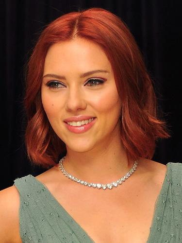 Scarlett Johansson's red bob