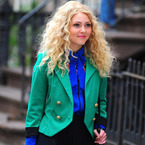 AnnaSophia Robb hits NYC as Carrie Bradshaw