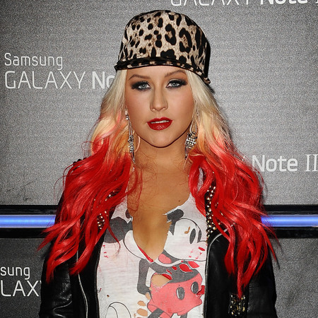 Christina Aguilera red dip-dye