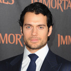 5 reason why we love Henry Cavill
