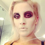 Ellie Goulding shows off spooky Halloween make-up