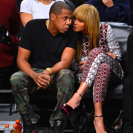 BEYONCE AND JAY-Z AT BASKETBALL NOVEMBER 2012