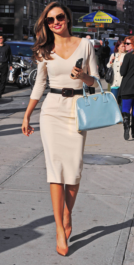 Miranda kerr in Victoria Beckham with Prada bag, New York
