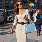 Miranda Kerr does Victoria Beckham in NYC