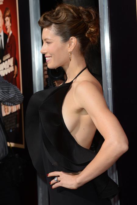 Jessica Biel side boob