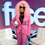Nicki Minaj suits up in pink for Fuse Top 20