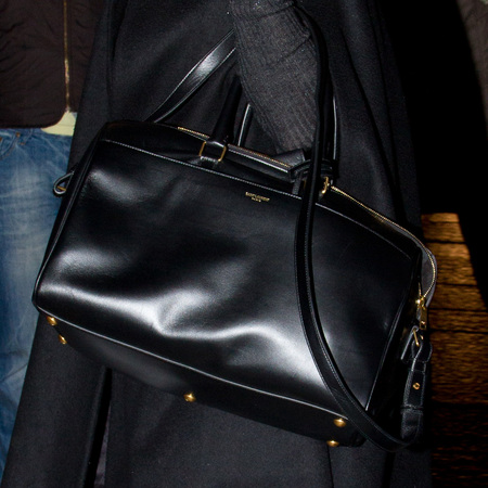 Kate Moss in Paris with the new Saint Laurent classic duffle '24' bag