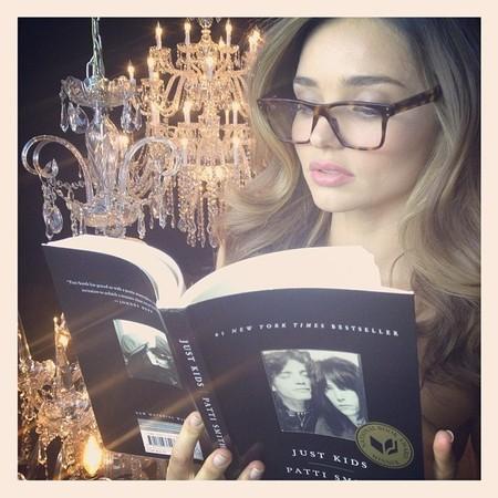 Miranda Kerr reading