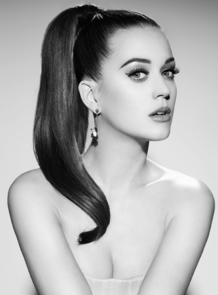Katy Perry in new fragrance hook-up with Coty