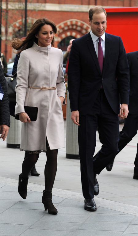Kate Middleton wraps up in MaxMara coat for Cambridge visit