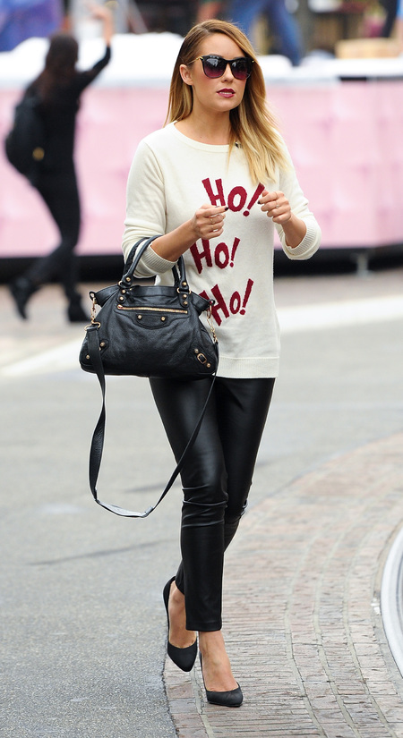 Lauren Conrad kicks off Chritsmas jumper trend