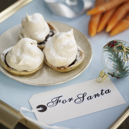 meringue topped mince pie