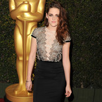 Kristen Stewart laces up for 2012 Governors Awards