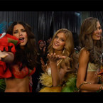WATCH: Victoria's Secret models sing Justin Bieber