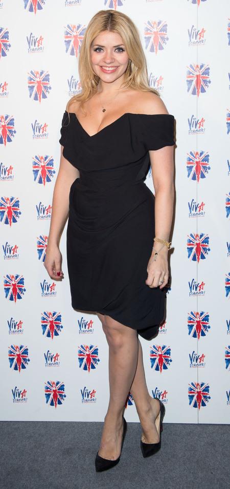Holly Willoughby Rocks Off The Shoulder Lbd At Viva Forever After
