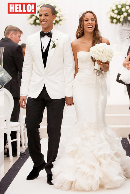 Rochelle Wiseman's wedding dress