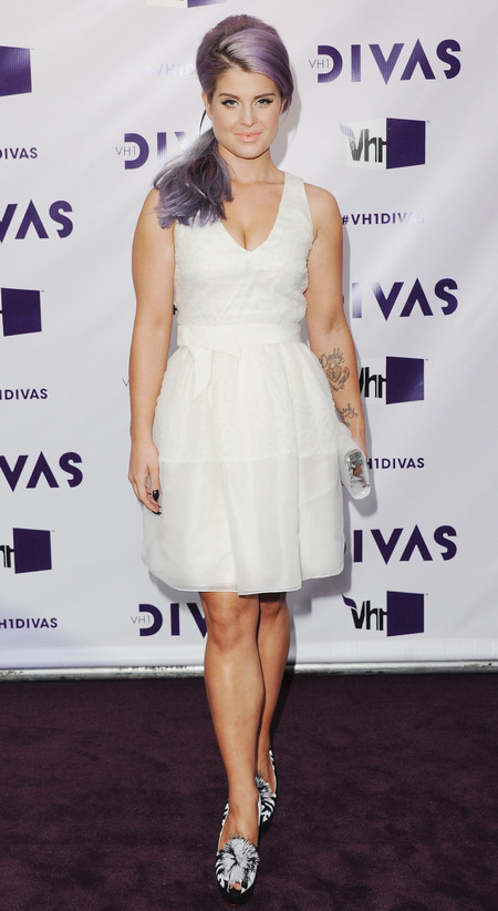 Kelly Osbourne in cute mini dress