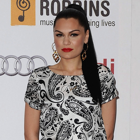 Jessie J's 90s high ponytail