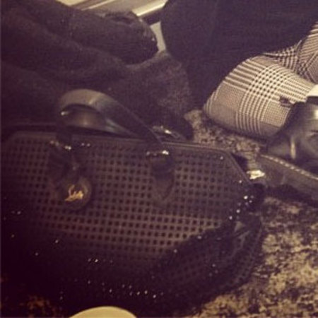 Spotted! Ellie Goulding&#39;s studded tote