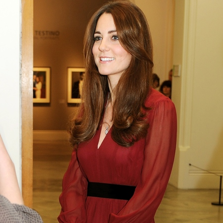 Kate Middleton dons Whistles dress to preview her National Portrait Gallery painting