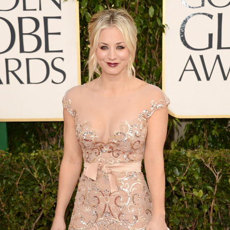 Kaley Cuoco at Golden Globes 2013