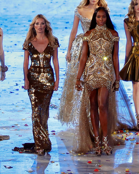 BEST KATE MOSS MOMENTS: London Olympics Closing Ceremony