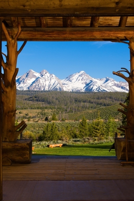 Rocky Mountain lodge