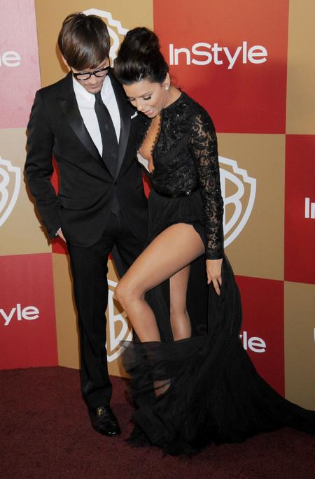 Eva Longoria's missed nip slip at the 2013 Golden Globes