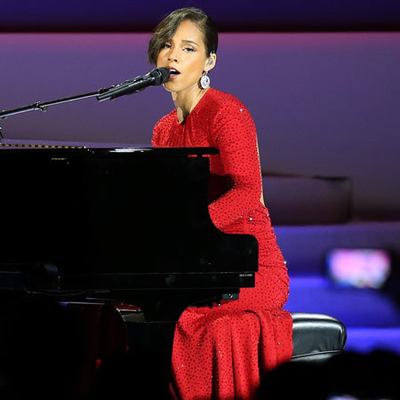 Alicia Keys performs at Inaugural ball
