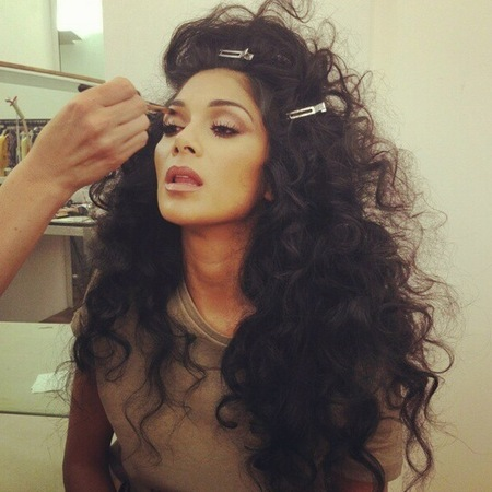 Nicole Scherzinger does Diana Ross
