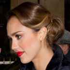 HAIR HOW-TO: Jessica Alba's work to date bun