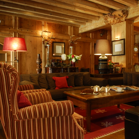 Le Georges Lounge at Hôtel Mont-Blanc in Megève, French Alps