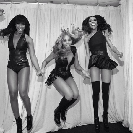 Beyoncé, Kelly Rowland and Michelle Williams jump for joy