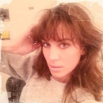 Alexa Chung shows off eighties inspired hair