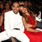 The 7 O'Clock Round-up: Rihanna and Chris Brown split?