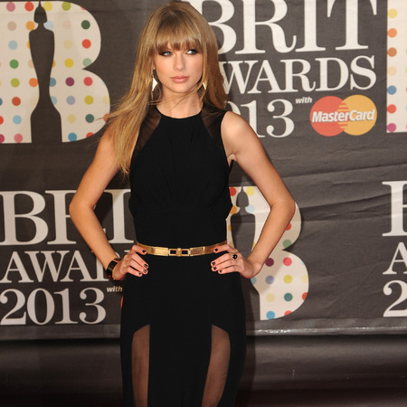 Taylor Swift at BRITs 2013