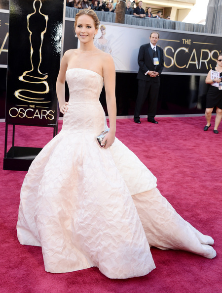 Jennifer Lawrence wows in white Dior Couture dress