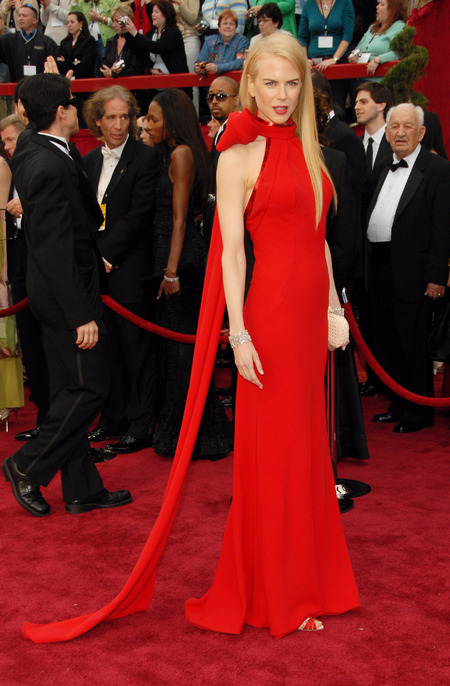 Nicole Kidman in Balenciaga at the 2007 Oscars